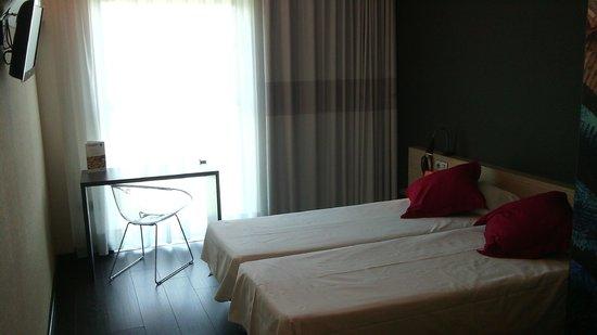B&B Hotel Granada: Zimmeransicht