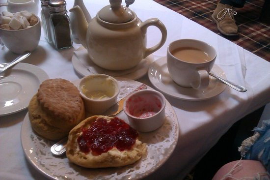 Hathaway Tea Rooms: Afternoon tea