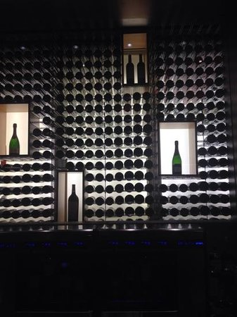 Dauphine: fin vinsamling