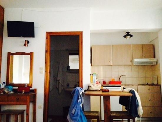 Madena Apartments : room 302