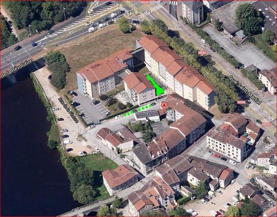 Appart'City Limoges: (c) google maps. Parking place (only on arrival) marked in green