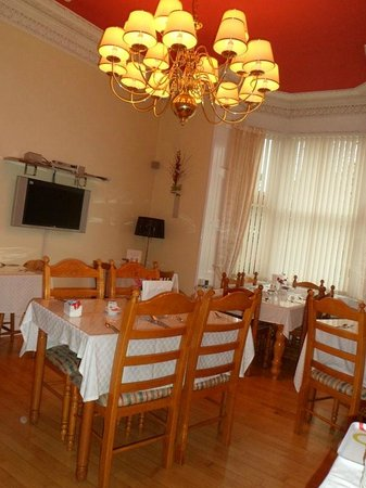 Clarin Guest House: Dining room