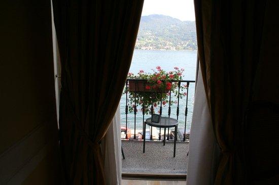 Grand Hotel Cadenabbia: Vue de la chambre
