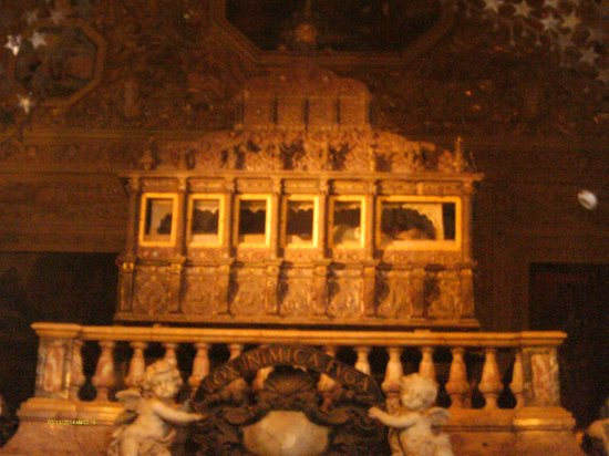 Tomb of St. Francis Xavier: St Francis Xavier Tomb