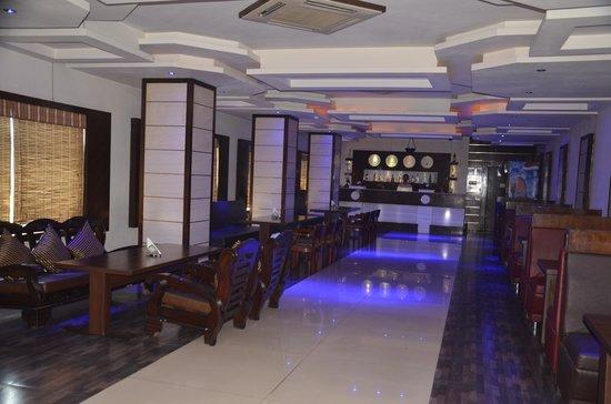 Ark Hotel: Bar