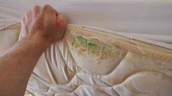 Hotel JS Cape Colom : Meine Matratze: Das ist eine Frechheit!