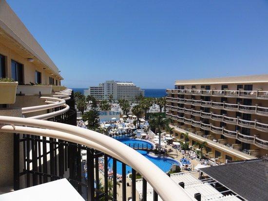 Dream Hotel Noelia Sur: View from room towards pool