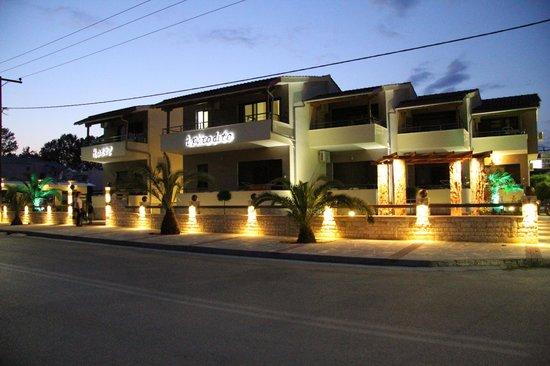 Aphrodite: Hotel