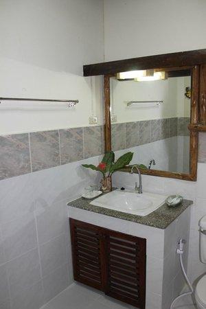 The Legacy River Kwai : salle de bains super propre