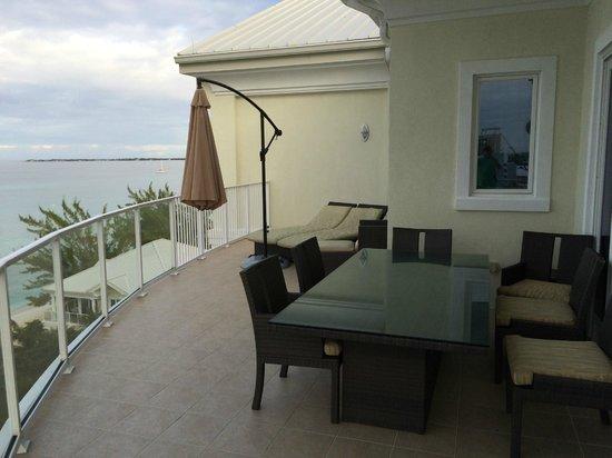 Caribbean Club : 7th floor ocean front - balcony
