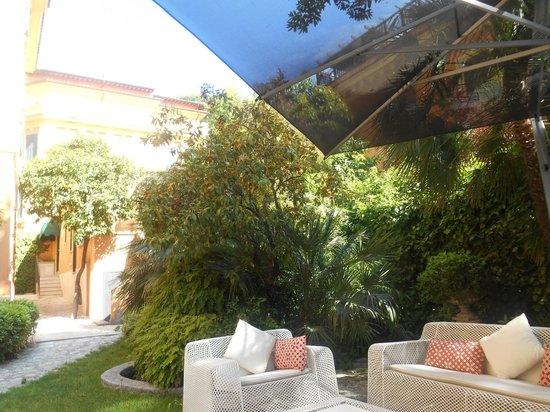 Hotel San Anselmo: superbe jardin