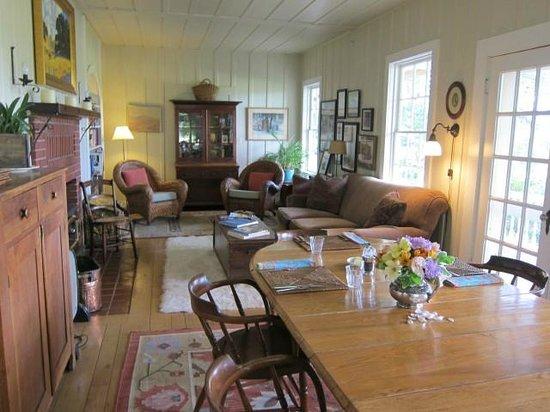 Beltane Ranch: communal breakfast table & sitting area downstairs