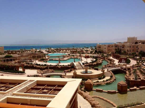 Kempinski Hotel Soma Bay: The charming view from our room
