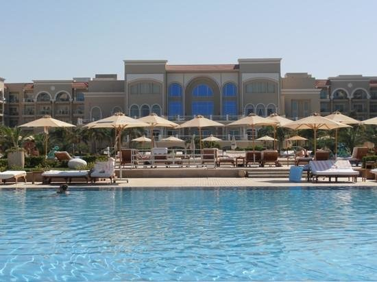 Premier Le Reve Hotel & Spa (Adults Only) : hotel from salt pool
