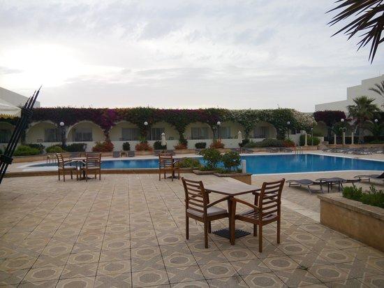 Golden Tulip Carthage Tunis : Pool