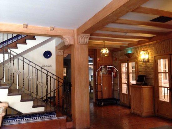 Sercotel Hotel Pintor el Greco : Reception Area