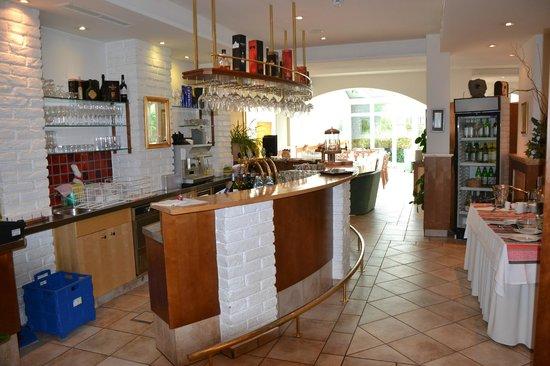 Refugium: Die Bar in unserer Lounge