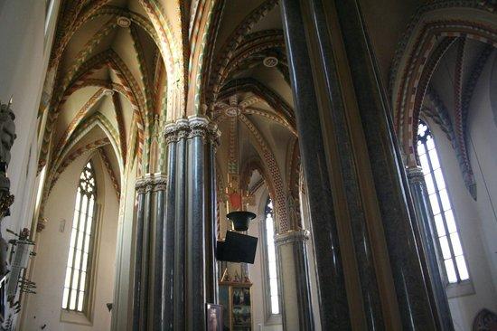 Inner-City Parish Church : gotico
