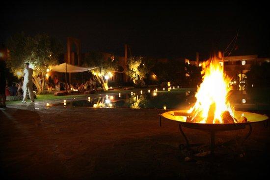 Les Jardins de Zyriab Resort & Spa : soirée couscous avec son brasero
