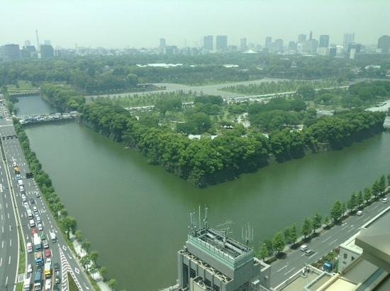 The Peninsula Tokyo : Peninsula, twenty first floor view of Imperial Gardens.