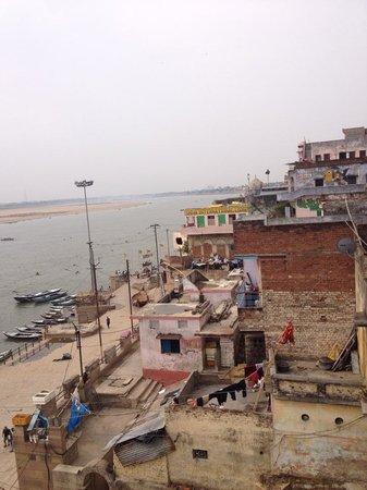 Kedareswar Bed & Breakfast: Ganges View room from Balcony- Second floor