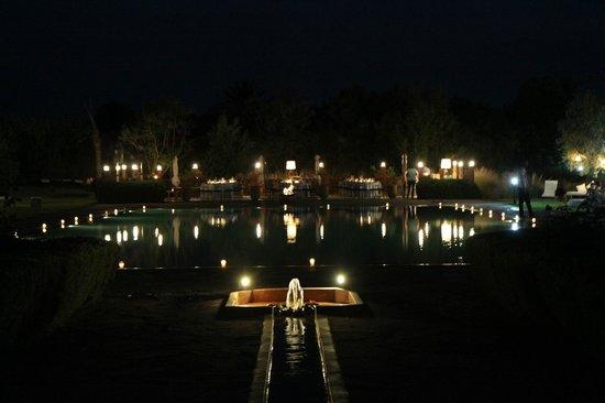 Les Jardins de Zyriab Resort & Spa : soirée couscous au bord de la piscine