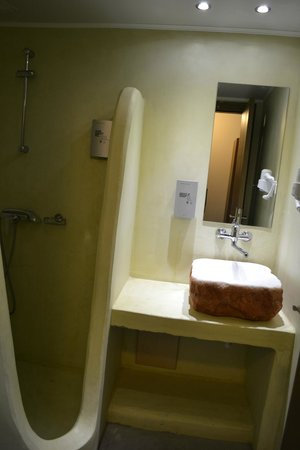Amphitryon Boutique Hotel: μπάνιο