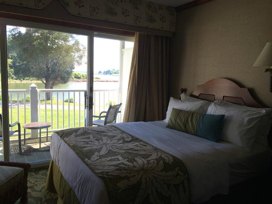 The Tides Inn : Room view