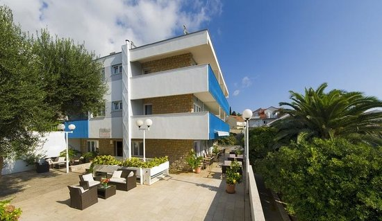 Photo of Aparthotel Pharia Hvar