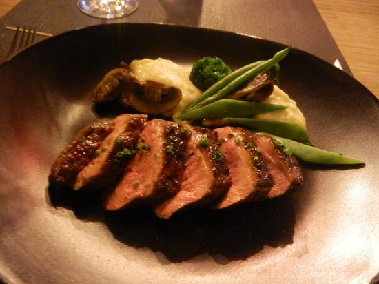 HANgoût Restaurant : petto d'anatra al miso