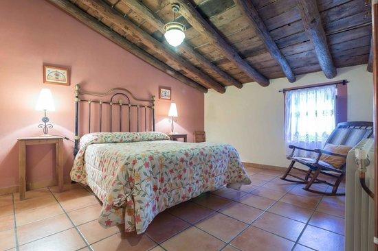 Casas Rurales Noguericas: habitacion casa dos