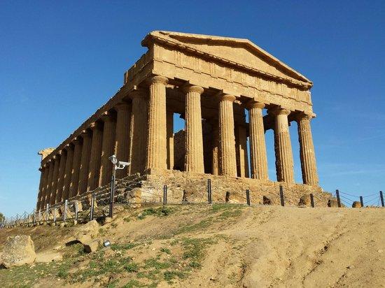 Valley of the Temples (Valle dei Templi): Tempio Concordia