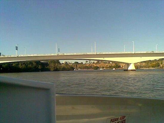 CityCat Ferry : Victoria Bridge