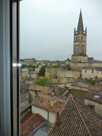 Maison de la Commanderie: вид из окна
