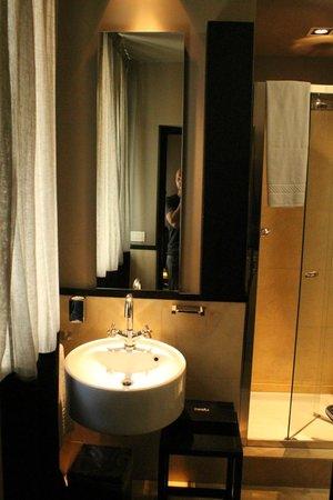 Charming House DD724 : Bath