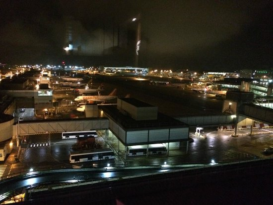 BLOC Hotel Gatwick Airport: view from window