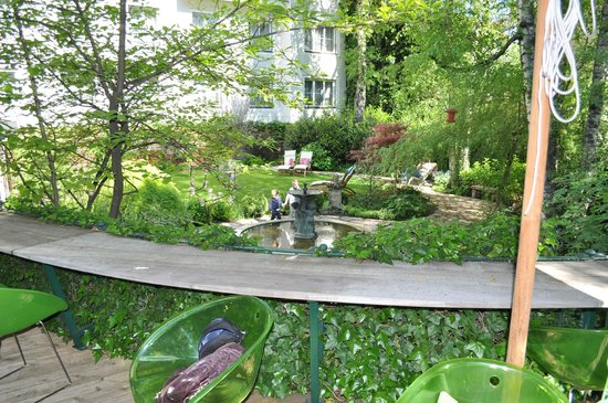 Hotel&Villa Auersperg: giardino interno