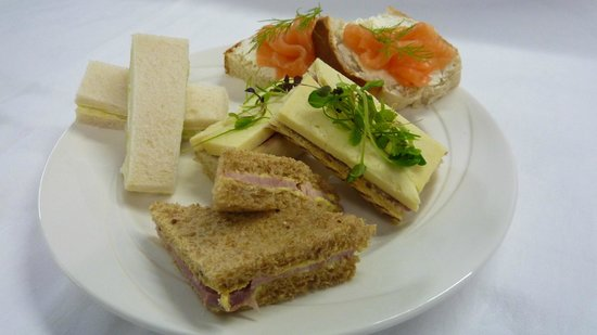 Restaurant Umberto: Afternoon Tea at the Wycliffe Hotel and Restaurant