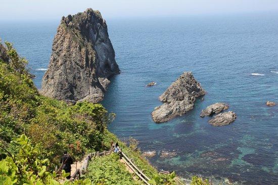 Yoteizan: Rocks and forest