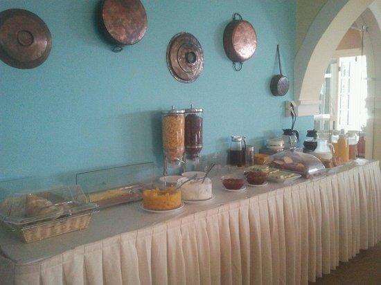 Iliada Beach Hotel : Its breakfast time :)