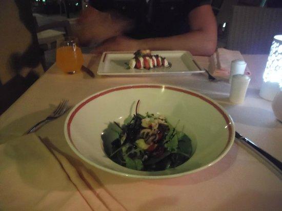 Rixos Bab Al Bahr : salade dans le resto italien