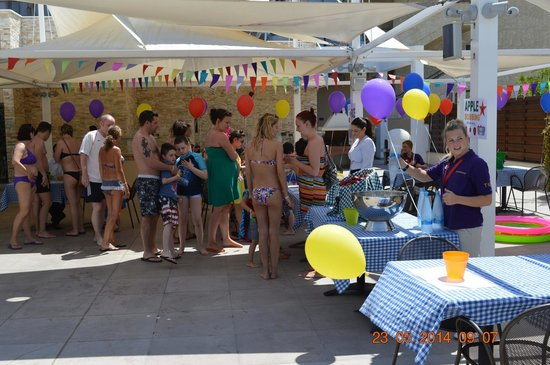 Atlantica Oasis Hotel: fundraising day