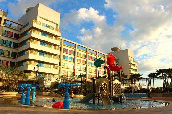 Fullon Hotel Lihpao Land: buildibg