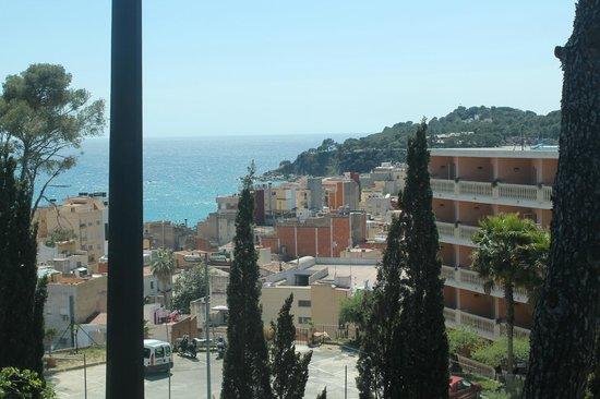 Hotel Roger de Flor Palace: Вид из отеля