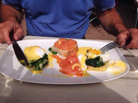 Restaurant Ni & Tyve: Eggs fiorentine