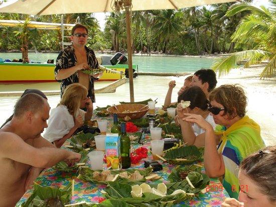 Bora Bora Lagoonarium: Я ....в рубашке !