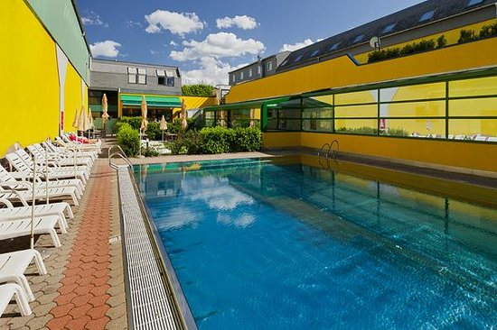 Vienna Sporthotel: Pool