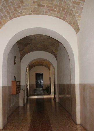 Arts & Rooms : le hall d'entrée de l'immeuble