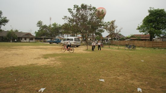 Balloons Over Vang Vieng: I knew I was going back to school one day...