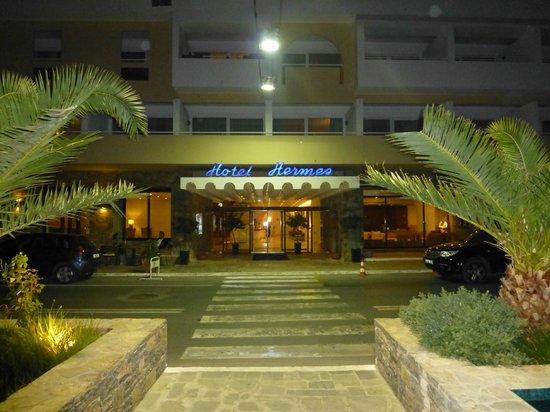 Hermes Hotel: Hotel Front